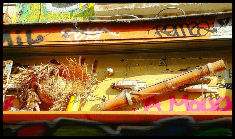 installation (objets) rue Denoyer