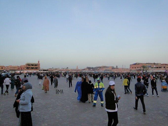 DSC04114 place Jemaa el Fna
