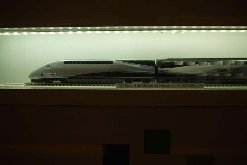 TGV maquette : livrée Record du Monde