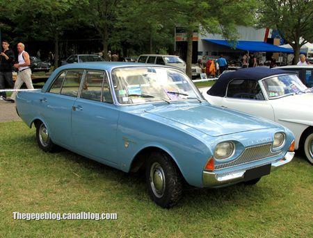 Ford taunus 17 M (P3) de 1962 (Retro Meus Auto Madine 2012) 01