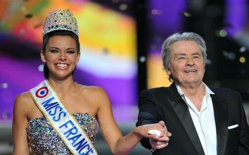 7765747041_miss-france-2013-et-alain-delon-archives
