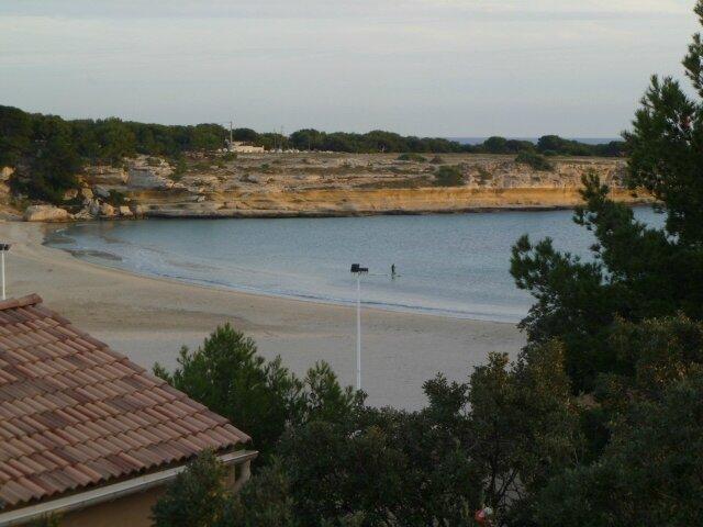 Sausset les pins la couronne plage commune de martigues les cigales - Point p martigues ...