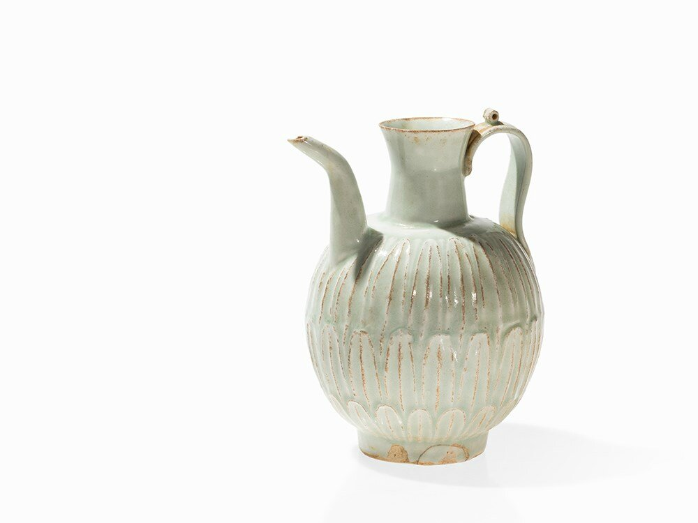 Qingbai Ewer with Molded Lotus Décor, Song Dynasty
