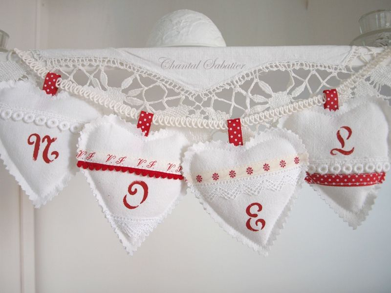 old linen xmas hearts chantal sabatier
