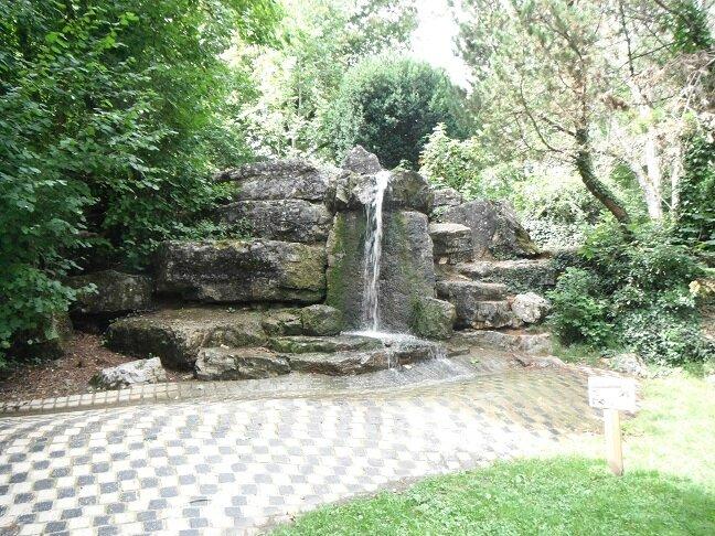 jardin anglais cascade