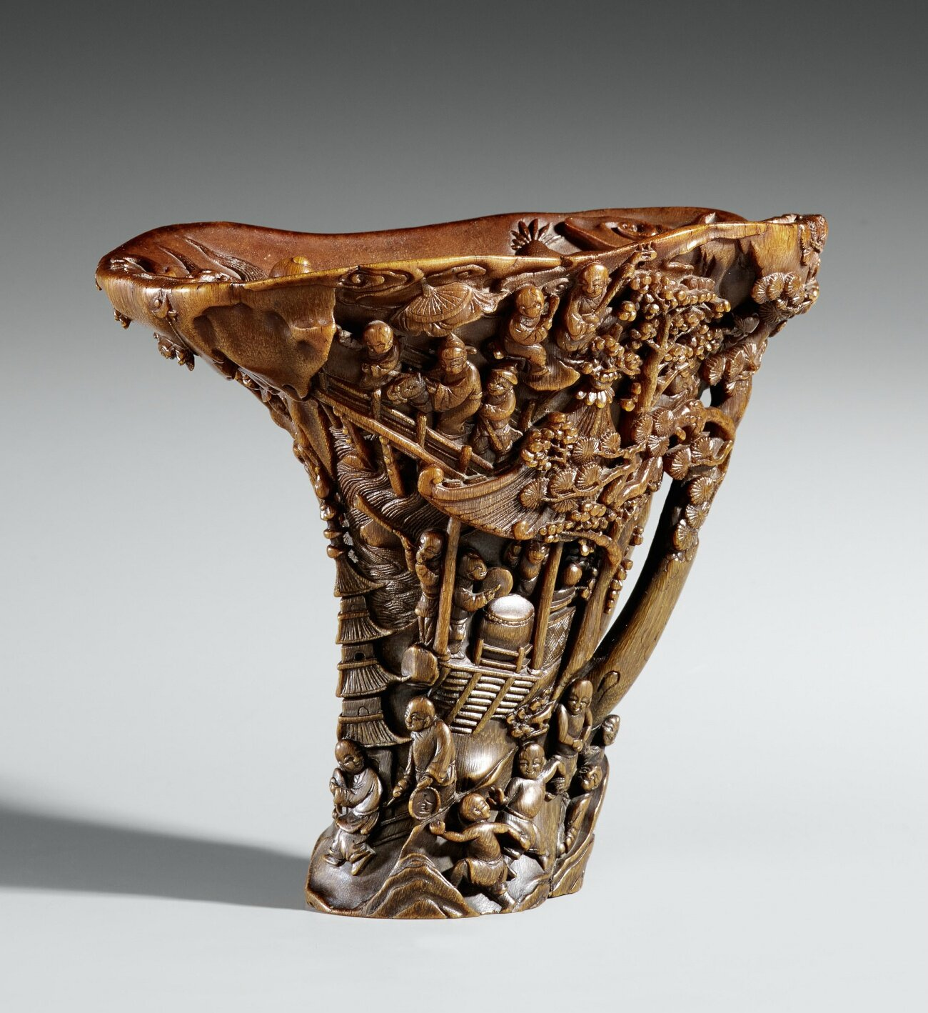 A large rhinoceros horn libation cup, 17th-18th century