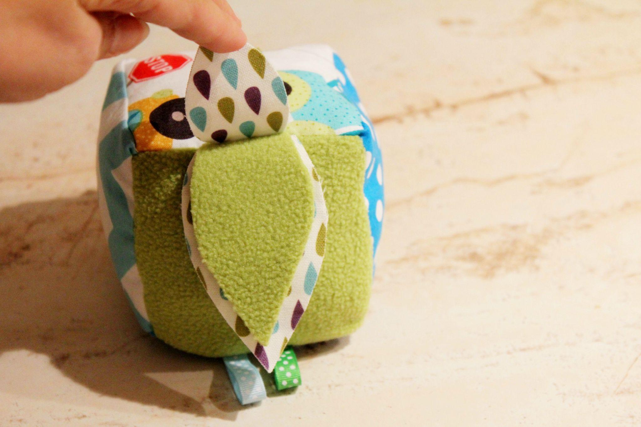 Cube d 39 veil b b v hicules bulles enchant es for Maison en tissu enfant
