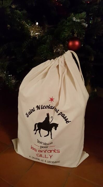 Ho, Ho, Ho ! Par ici les jolis sacs de Noël by Les Cabrioles de Paul