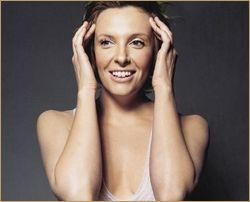 1a_patric_shaw_toni_collette