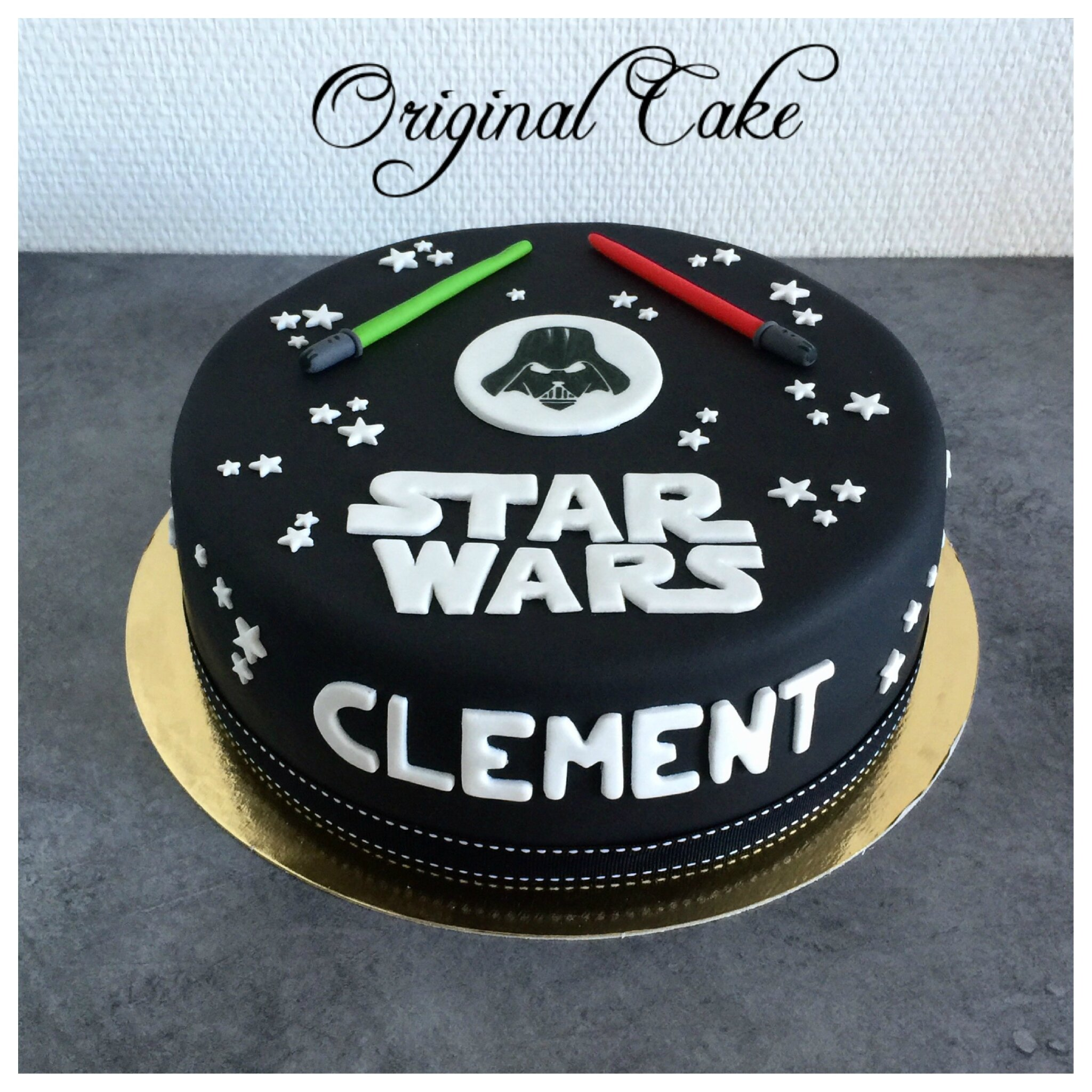 modele gateau pate a sucre star wars arts culinaires. Black Bedroom Furniture Sets. Home Design Ideas