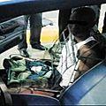 Espagne un guinéen découvert dans le siège d'une voiture