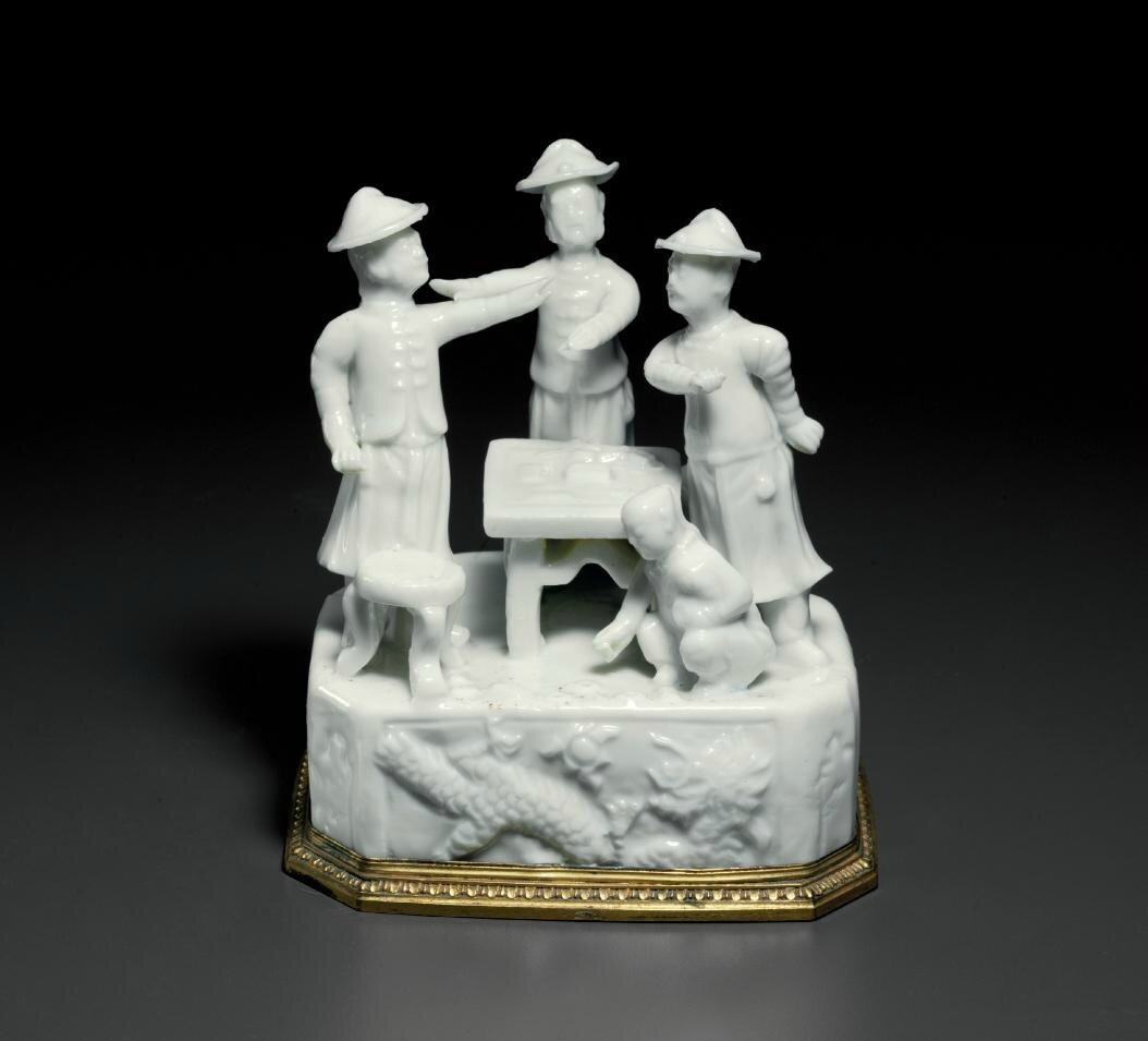 An unusual Dehua 'Gaming' group, Kangxi period (1662-1722)
