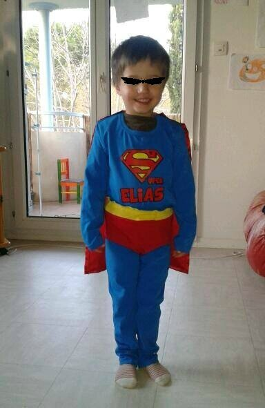 Elias superman fier bis