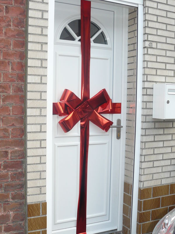 Decoration porte noel for Idee decoration porte d entree
