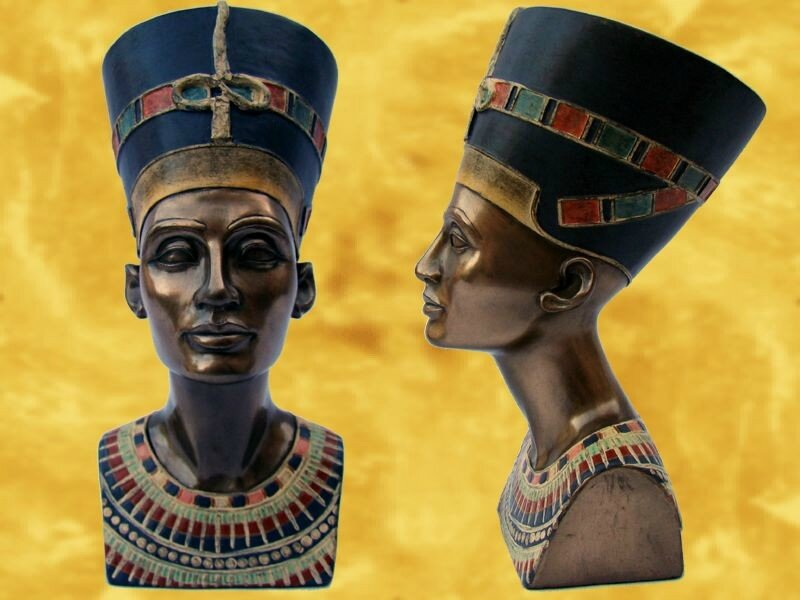 nefertiti-buste-egypte-antique-reine-egyptienne-pharaons-antiquite