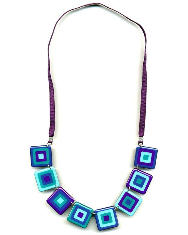 S rie de bijoux carr s concentriques couleur turquoise for Couleur bleu turquoise fonce