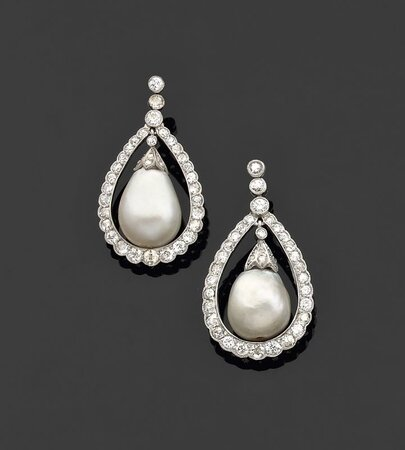 chaumet_attribue_paire_de_pendants_oreilles_1340364357084295
