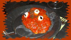 Pates noires aux yeux Halloween