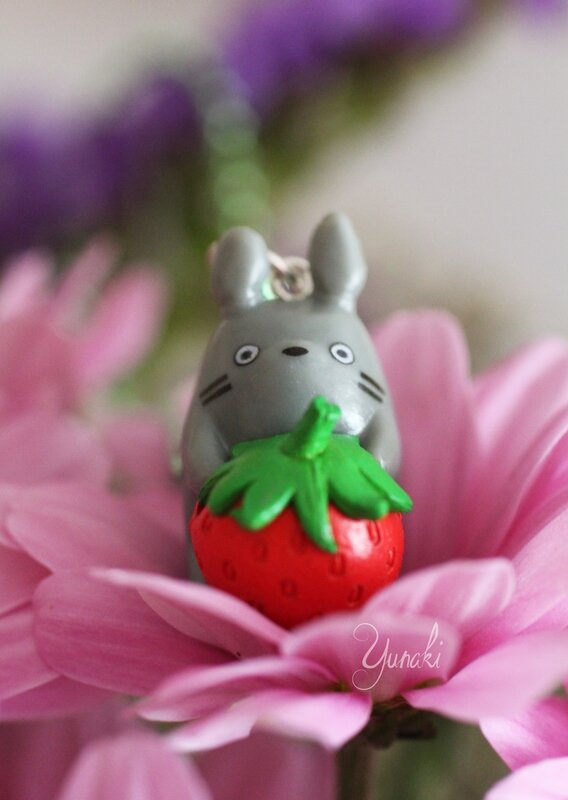 collier totoro fraise