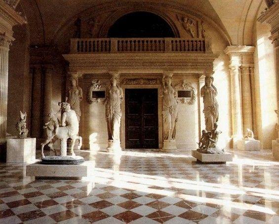 64 musee du louvre int rieur 1er de l 39 art et c 39 est for Louvre interieur