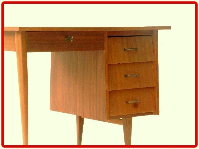 bureau vintage 1960 géométrique