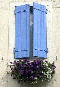 blue_shutters