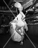 1952-miss_cheesecake-1