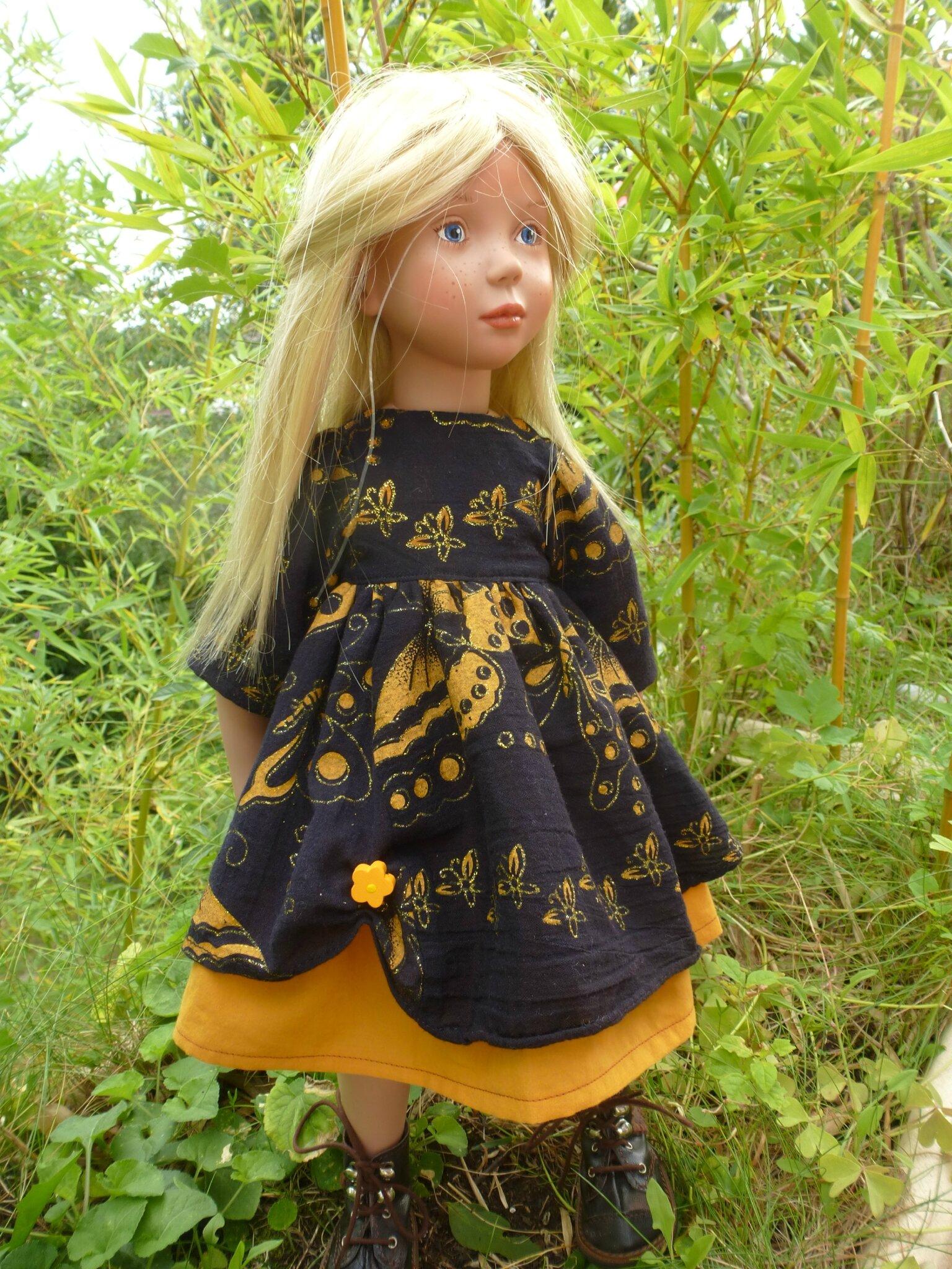Robe d'automne pour Zwergnase ou Götz ,noire et jaune,plus disponible, 15 € et 2,40 fdp