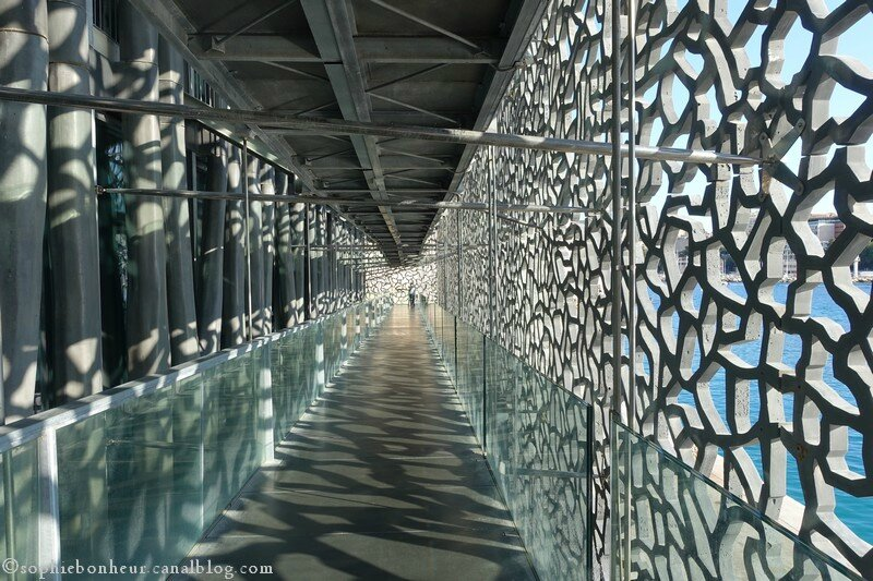 Mucem passage