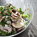 Salade de champignons et sauce crmeuse au citron