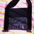 sac velours noir,soie plisse noire, volant organza, dentelle