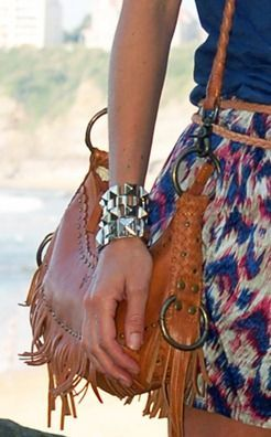 sac-franges-FRYE-bracelets-clous-FashionBox