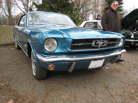 Ford_mustang_bleu_1965_02
