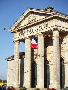 Palais_de_Justice_de_Domfront