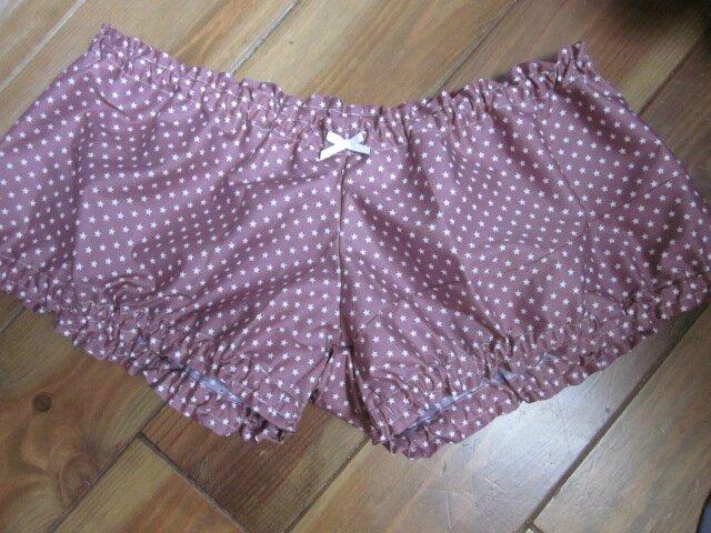 Culotte BIANCA en coton vieux rose parsemé d'étoiles blanches - noeud blanc - Tailles 44-46 (2)