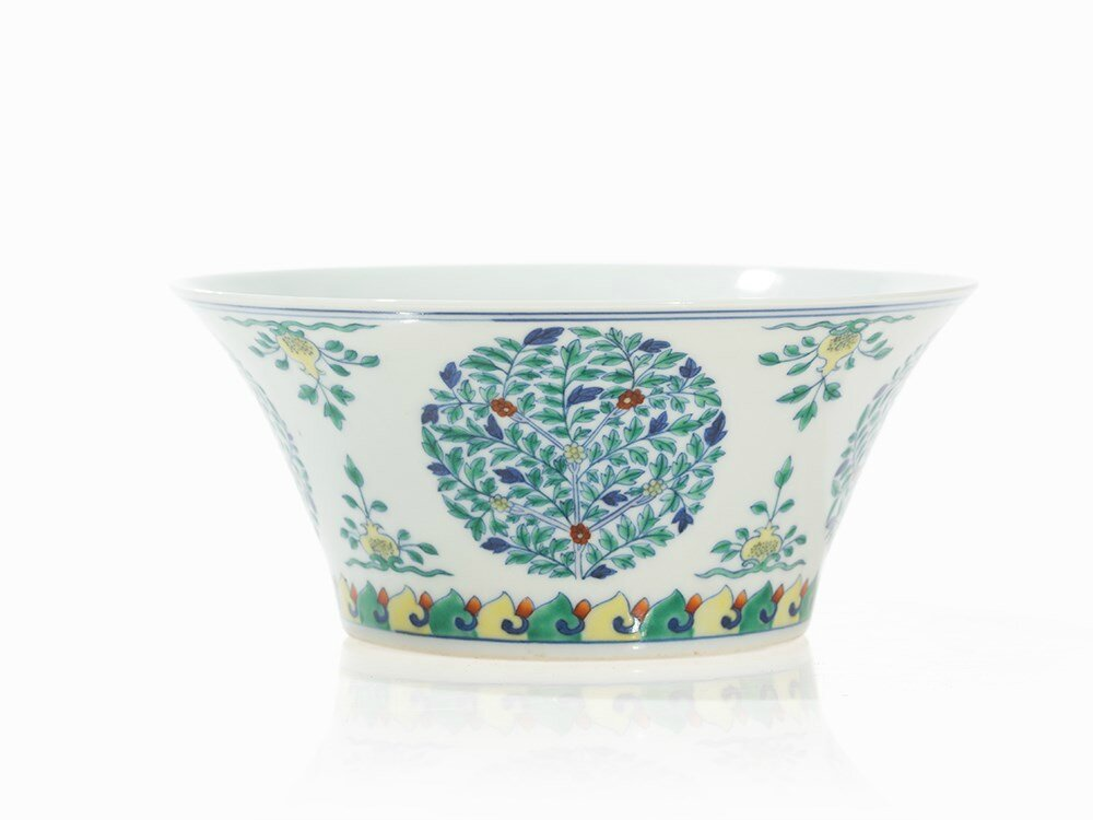 Doucai 'Fruit' Medallion Bowl with Flowers, China, Qing dynasty (1644-1911)-Republic period