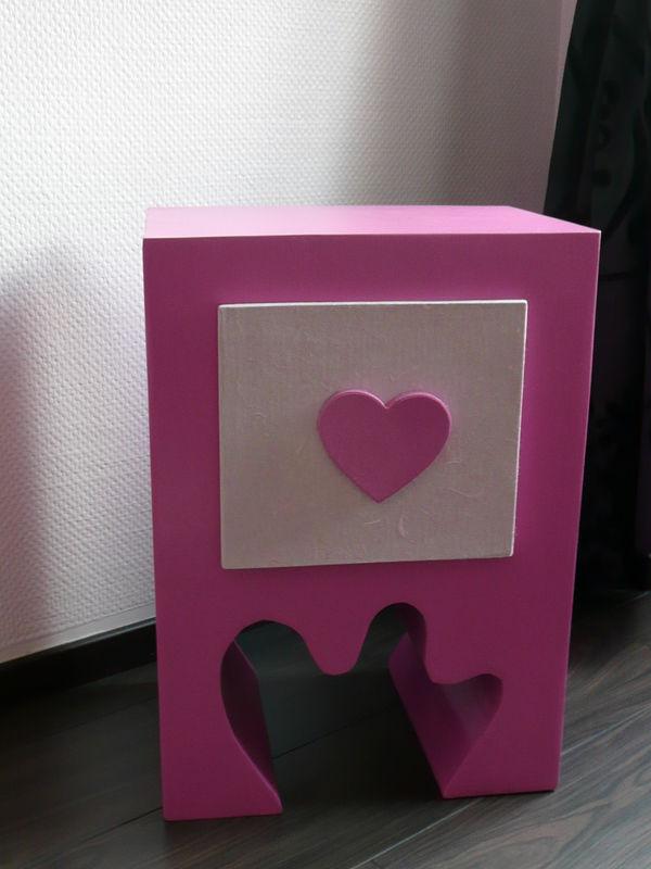 table de chevet en carton l 39 atelier de fanny. Black Bedroom Furniture Sets. Home Design Ideas