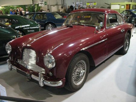 AstonMartinDB2-4av1