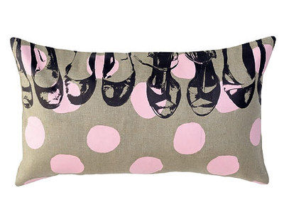 coussin_30_pois_shoes_petale
