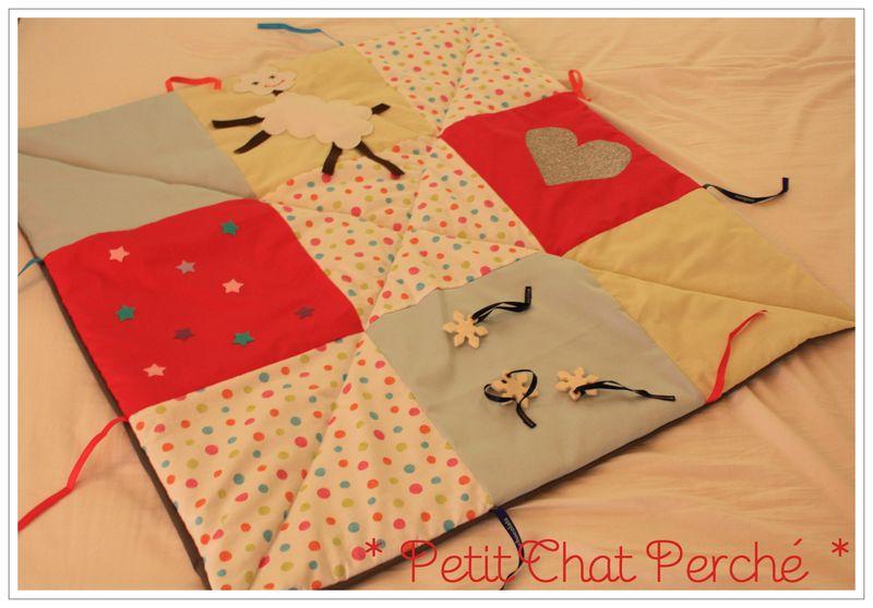 un petit tapis d 233 veil petit chat perch 233