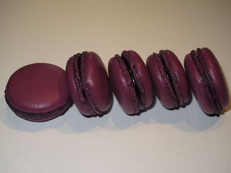 Macarons Cassis 2