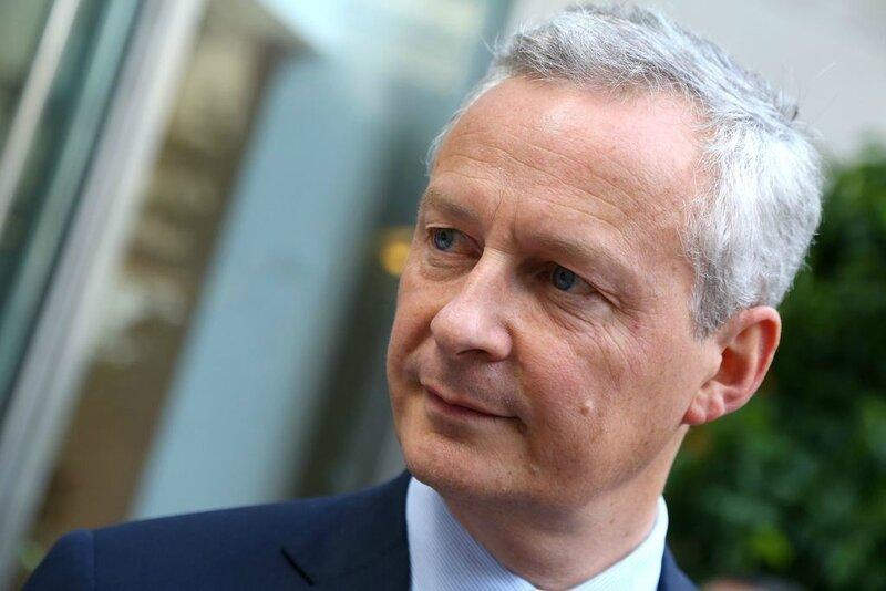 Bruno-Le-Maire-ministre-de-l-economie-et-des-finances-Ouverture-d-une-boutique-Eric-Kayser-sur-la_exact1024x768_l