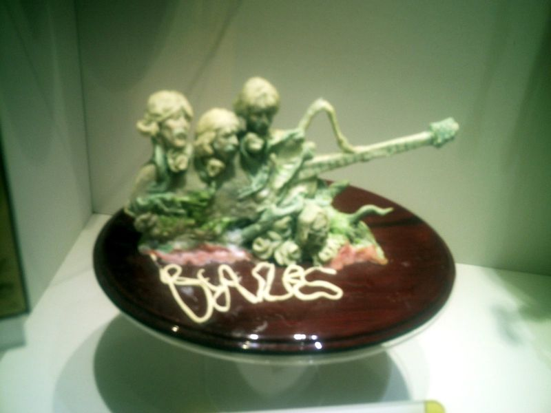 Sculpture des Beatles en chewing gum