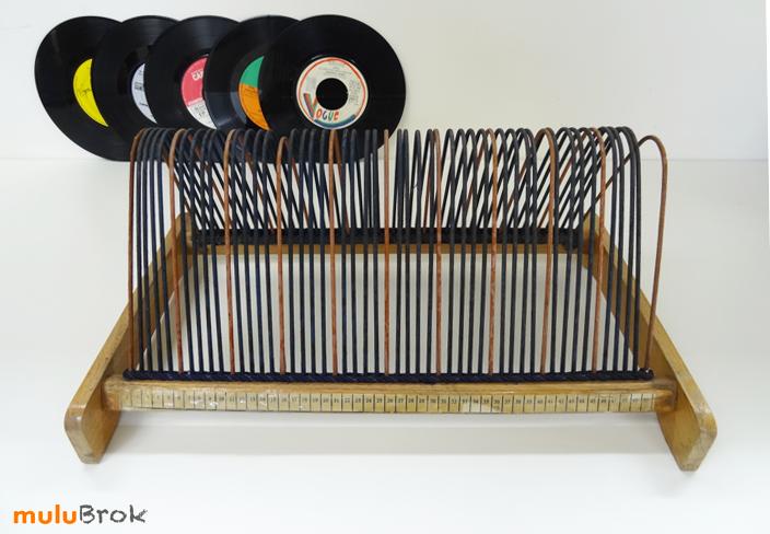 objet vintage porte vinyles mulubrok brocante en ligne. Black Bedroom Furniture Sets. Home Design Ideas