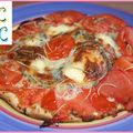 Tarte feuilletée tomates fromage romarin