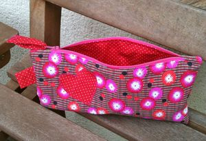 trousse coquelicot rouge 2