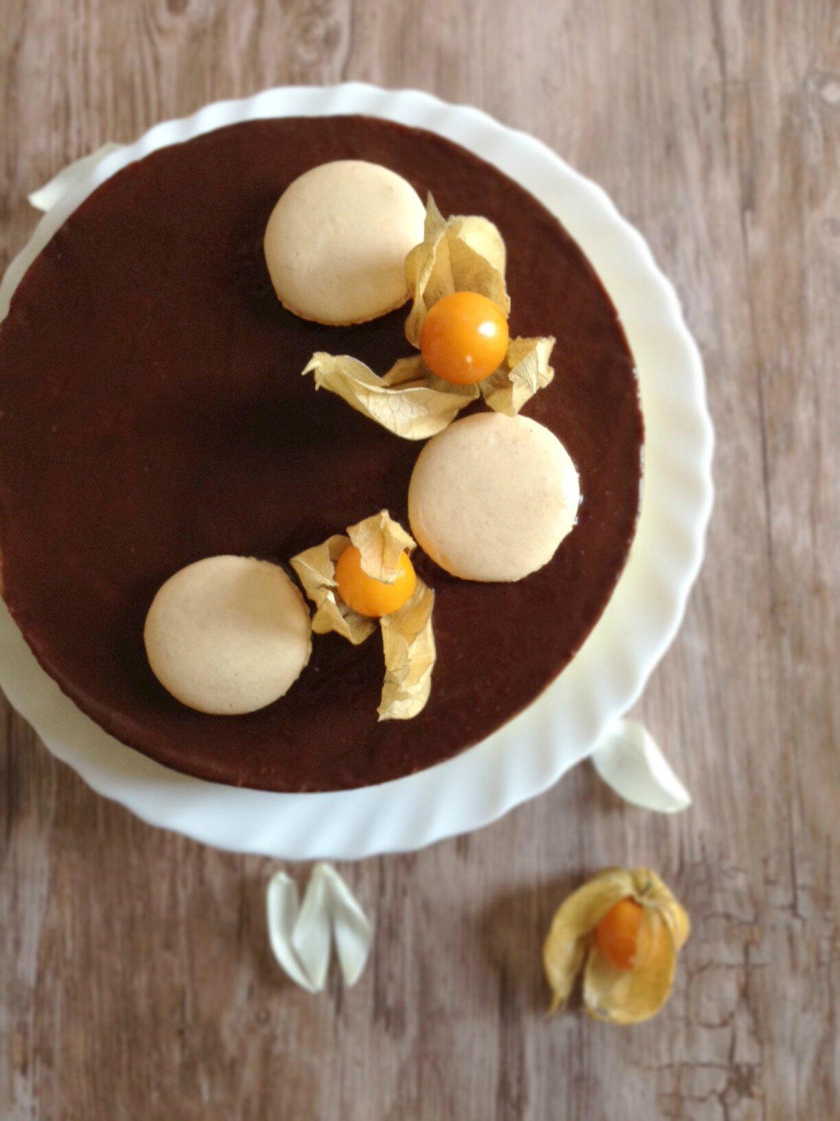 Entremet fondant aux 2 chocolats quand paris rencontre for Decoration entremet