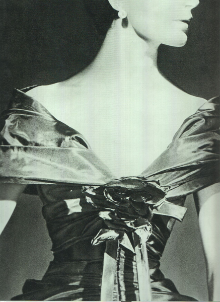 christian-dior-haute-couture-1957-modele-zerline-1370252524254108