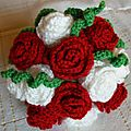 11 - Fleurs au crochet et tricot
