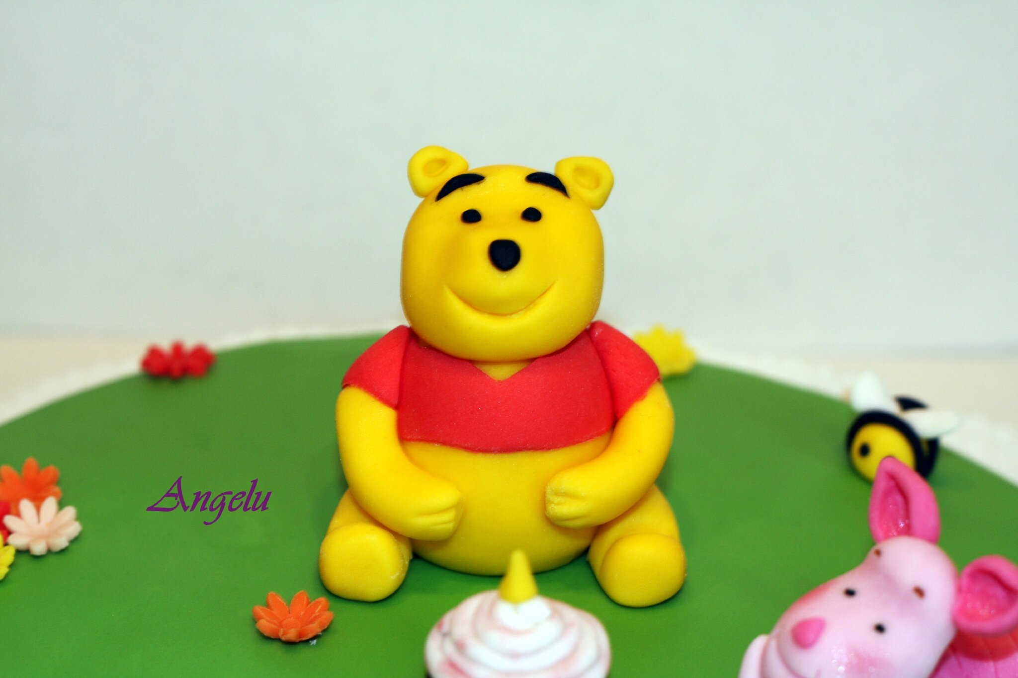 g 226 teau winnie l ourson et porcinet ma patisserie contact isilda neuf fr